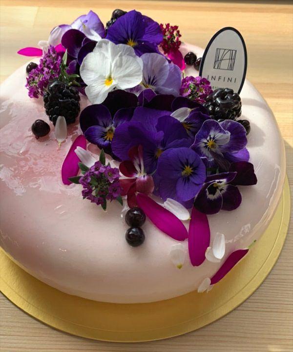 INFINI ブーケケーキと季節のチーズケーキ